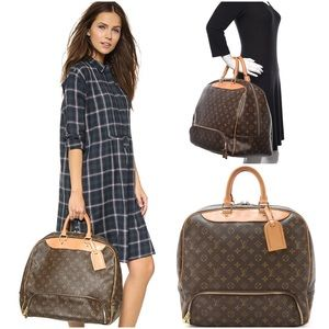 ✈️ 😍 Louis Vuitton Monogram Evasion Unisex Bag